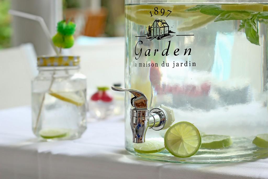 garden-garten-wasserspender