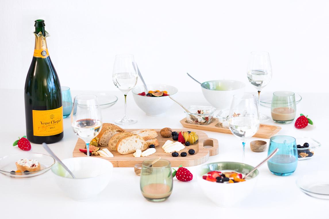 champagner und erdbeeren