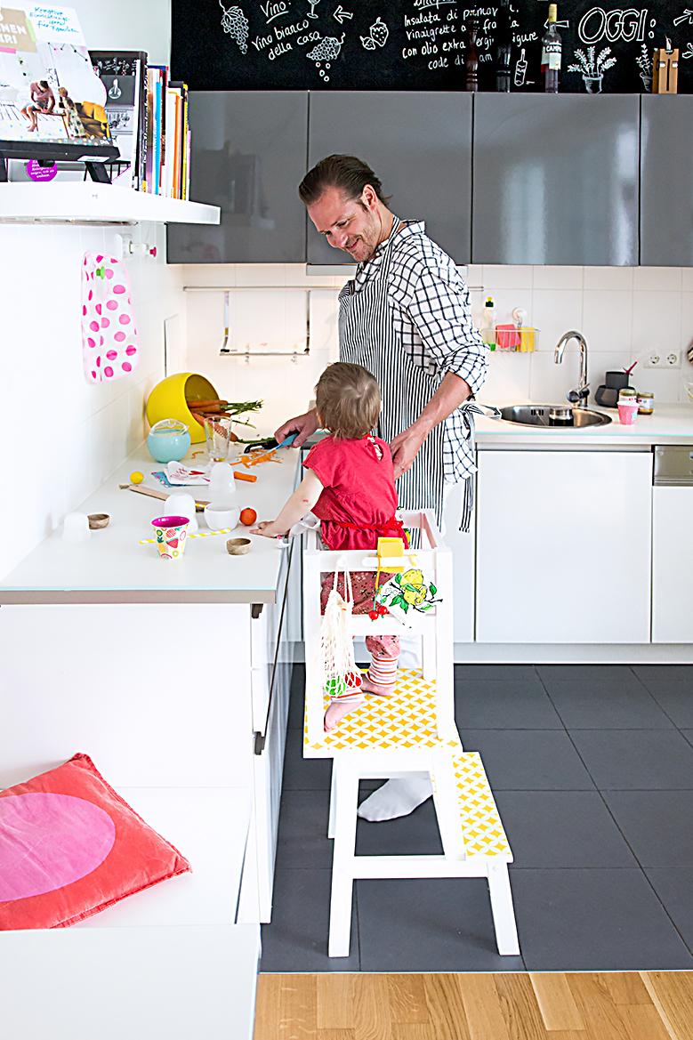 Lernturm selber bauen: Ikea Hack aus zwei Hockern mit einfacher