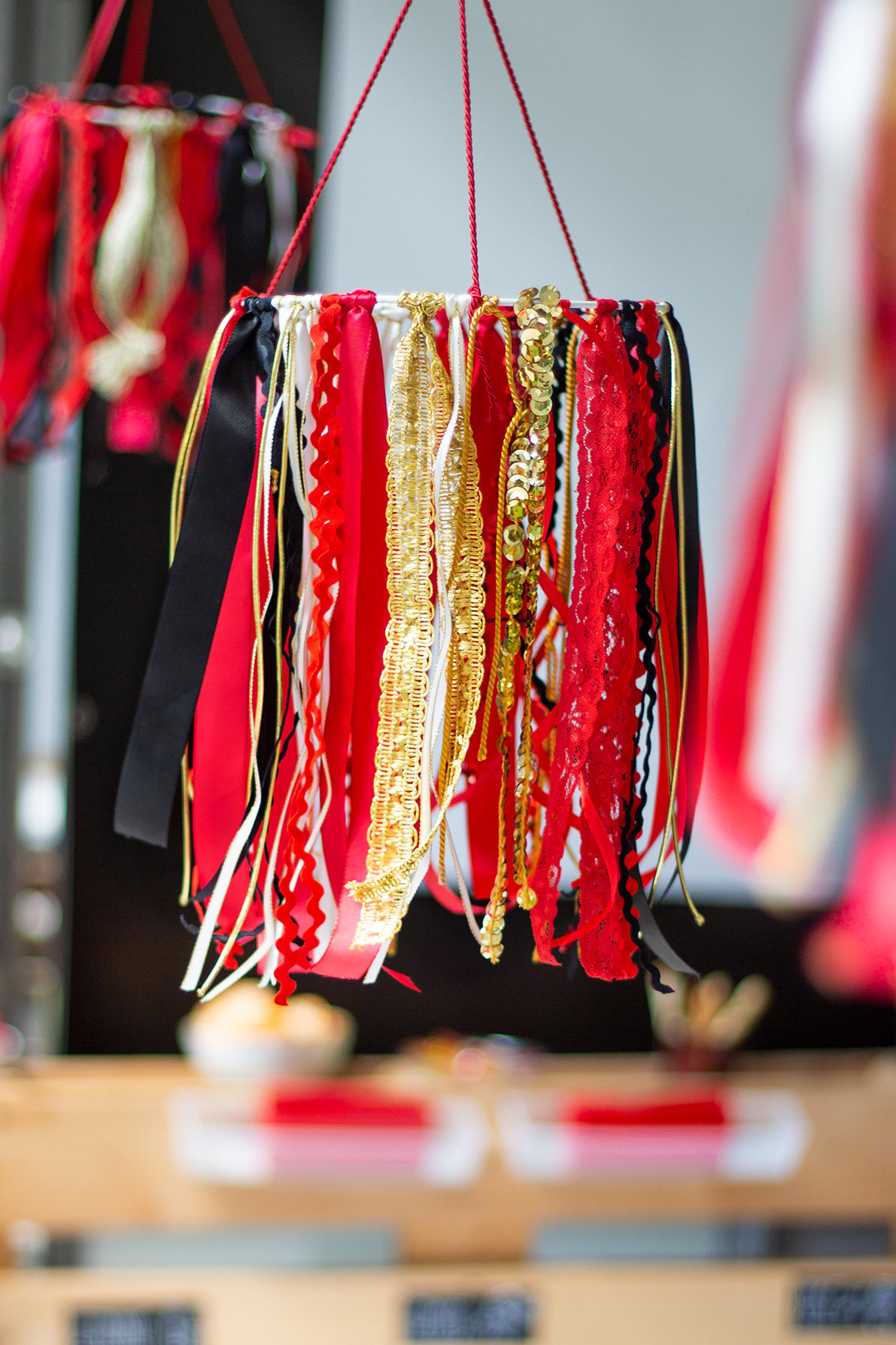 Stilvolle Party Deko In Schwarz Rot Gold Und Wm Diy